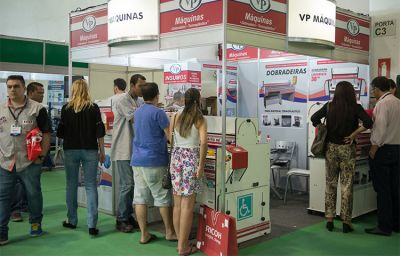 VP Máquinas apresenta inovação e eficiência na FESPA Brasil 2017