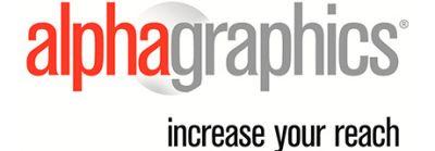 Empreendedores conferem o perfil de uma franquia AlphaGraphics na ExpoPrint Digital
