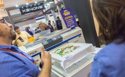 Global Química & Moda destaca fortalecimento da marca como referência no setor durante a Expoprint 2018