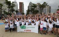 Colaboradores da Canon realizam ação de sustentabilidade no litoral paulista