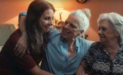 Canon resgata memória em mãe com Alzheimer por meio da fotografia