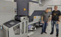 Gráfica paulista investe em impressão digital de rótulos com Durst Tau 330