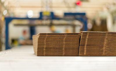 Expedição de papelão ondulado totaliza 323.878 toneladas em abril de 2021